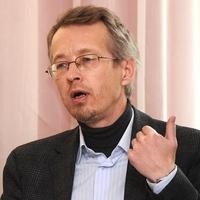 Дмитрий Замятин