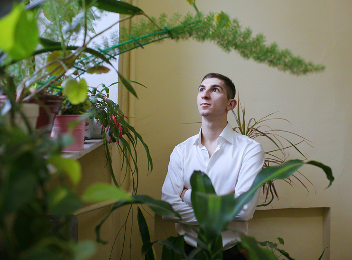 Молекулярный биолог Ефим Соловьев *о селеновых белках, Пущино и детройт-техно*