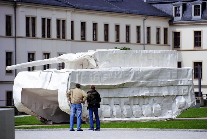 *«Мы показываем историю насилия во всех сферах жизни»:* Маттиас Рог о музее военной истории в Дрездене