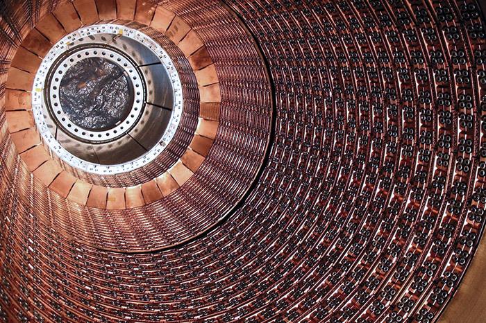 Мегапроекты человечества: *Сверхбольшой адронный коллайдер и кварковый фонтан*