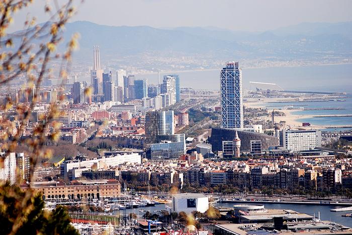 Стажировки в Барселоне: работа букера, съемки фламенко и создание дизайн-проекта дома на Ибице