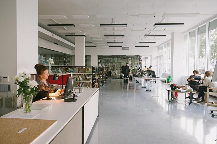 Московский библиотечный центр: *сторителлинг, показы редких фильмов и фестиваль обэриутов*