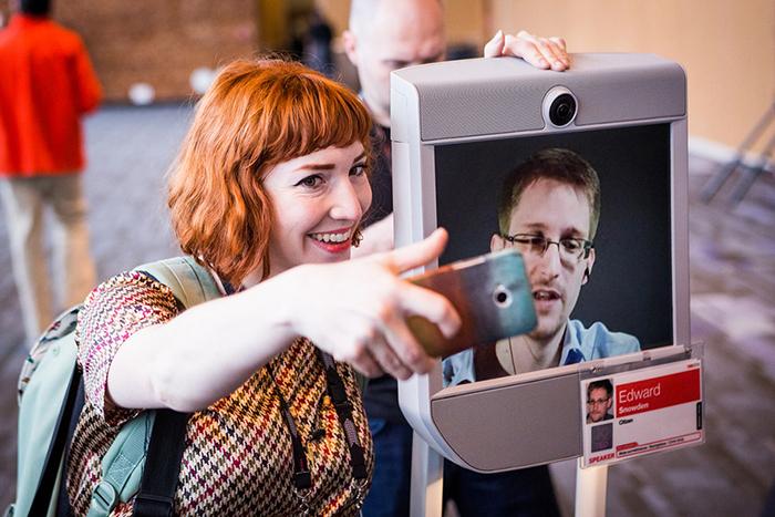 Лекция за 5 минут: *Эдвард Сноуден и призыв к защите интернета на TED 2014*