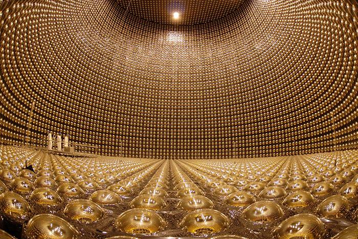 Из чего состоит Вселенная: *все самое важное о нейтрино*