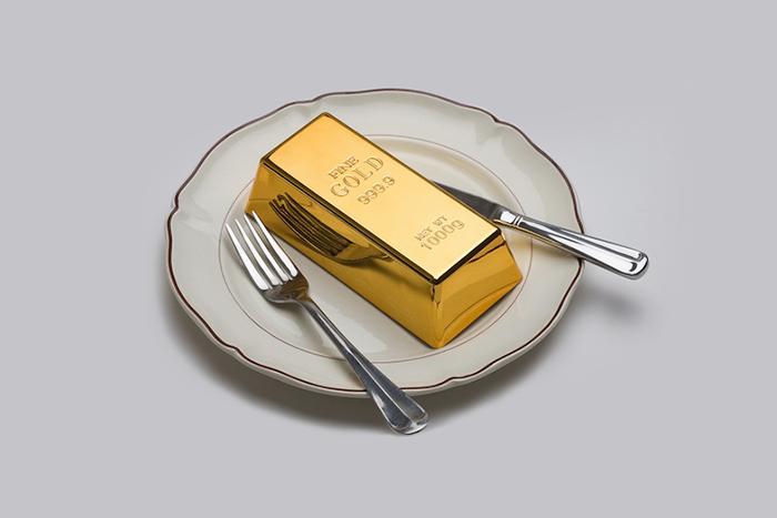 Пусть едят пирожные: *историк Филипп Перро о праве на роскошь*