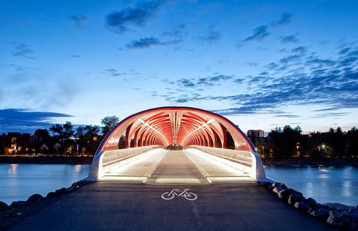 Peace Bridge, Калгари