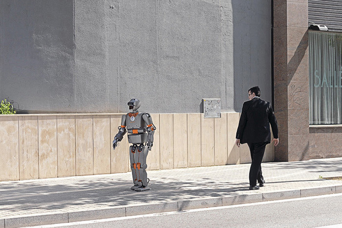 По образу и подобию: *почему человек боится роботов?*