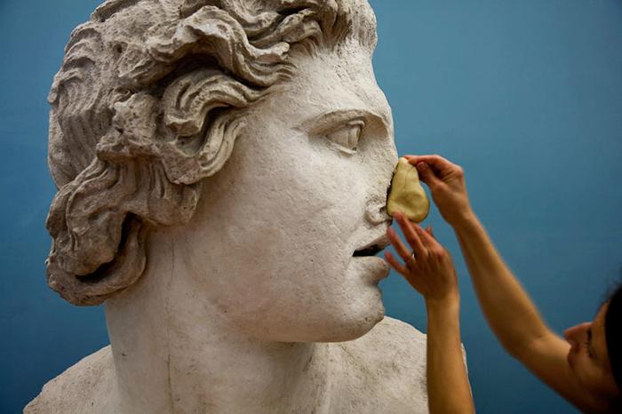Эстетика Алена Бадью: *мирный договор между искусством и философией*