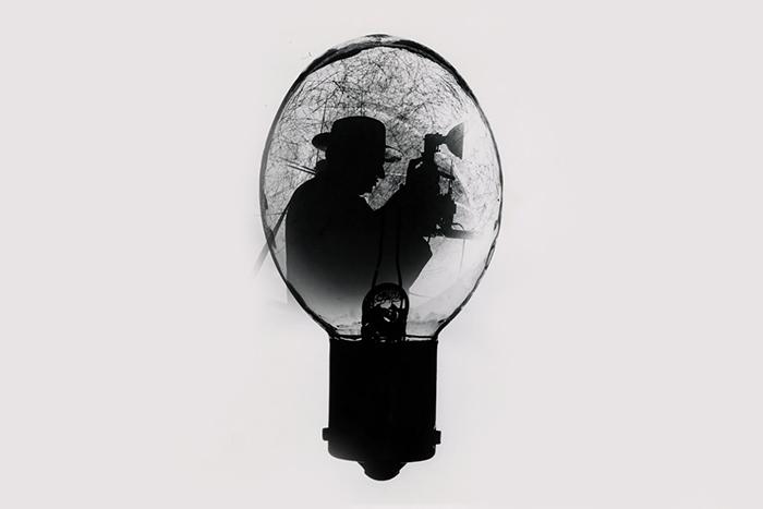 Воспоминания-фотовспышки: *как работает память в тяжелые моменты истории*