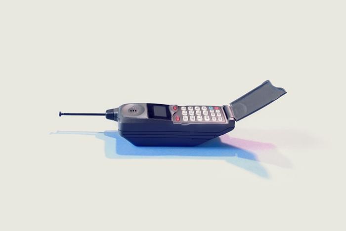 У меня нет смартфона: *почему простые мобильные телефоны снова в моде*