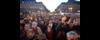 Парижане собрались вподдержку пострадавши...
