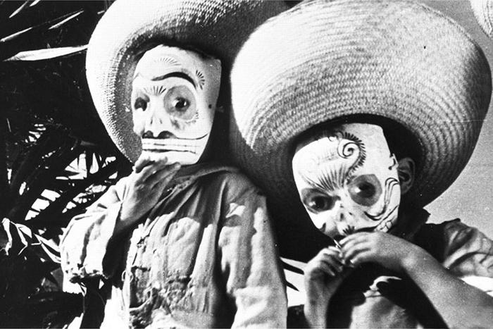 кадр изфильма «Даздравствует Мексика!»