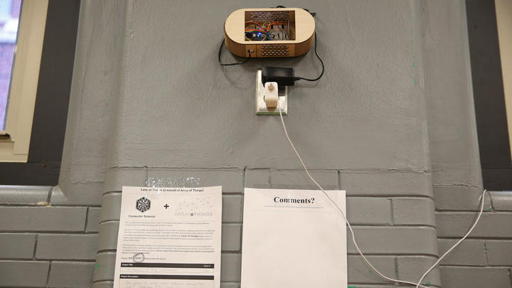 Ученики Lane Tech установили вшкольной ст...