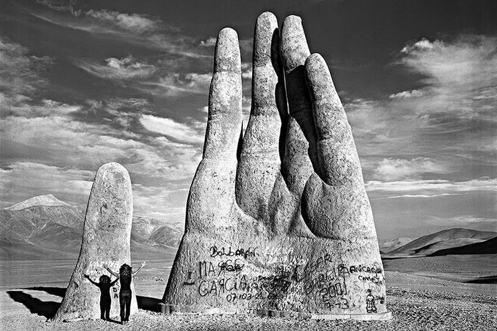 Находка T&P: *каменные скульптуры со всего света*