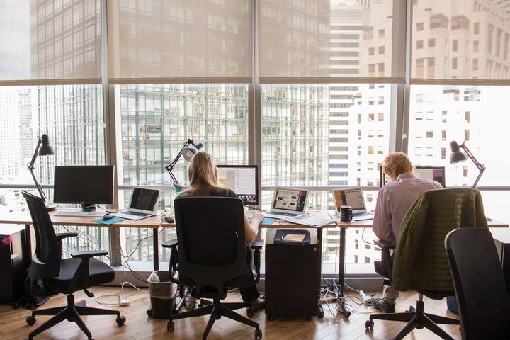 Мы работаем: *как сеть коворкингов WeWork изменила рынок аренды офисов в 13 странах мира*