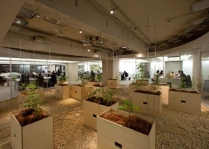 Собственная ферма японской компании Pasona Grou...
