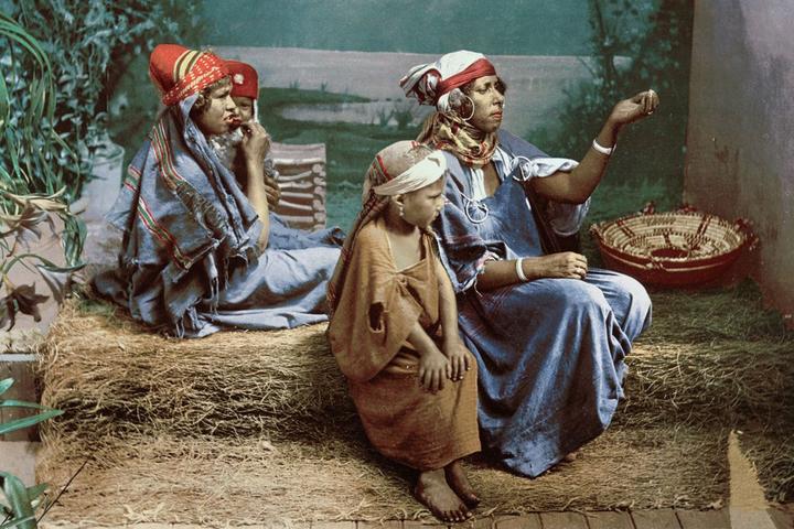 Сейчас вылетит птичка: старинные цветные фотографии Туниса