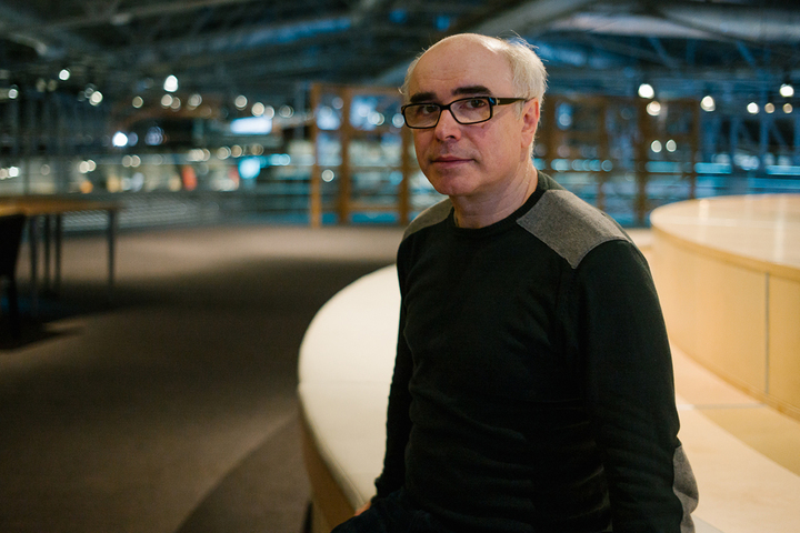 «Художник — это тот, кто назвал себя художником»: интервью с философом Олегом Аронсоном
