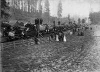 Погрузка 16бревен напоезд, 1885&nbs...