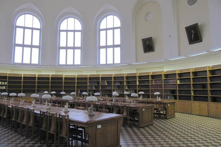 Читальный зал факультета журналистики © МГУ