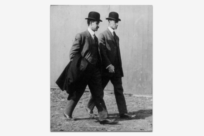 Уилбур иОрвилл Райт в1910год...