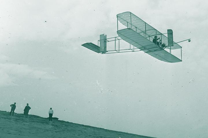 Энтузиаст, но не чудак: история братьев-самоучек, которые создали первый в мире самолет