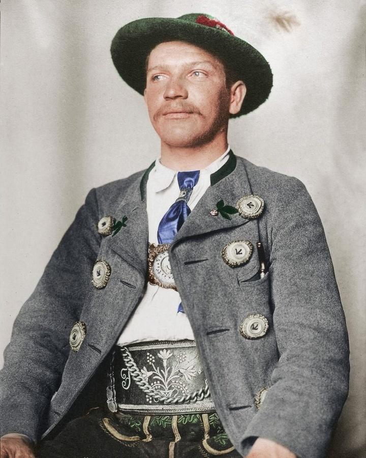 Мужчина изБаварии (Германия). 1910год