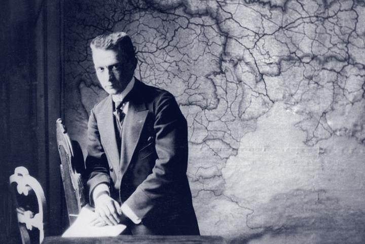 Популярный политик: как Керенский работал с прессой и создавал себе образ «борца за свободу»
