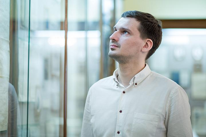 Молодые ученые: политолог Виктор Сидоров о непопулярных политических темах и коммерческом спросе на науку