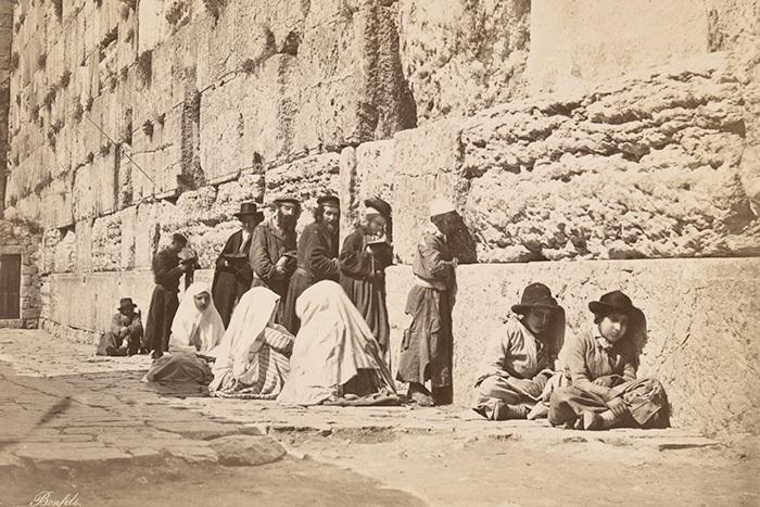 «Стена— наша!»: как Иерусалим 1930-х стал столицей национализма и моды на Ближнем Востоке