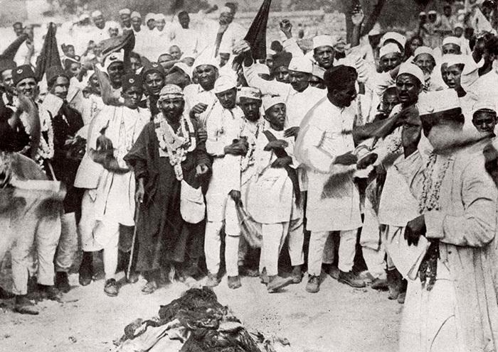 Последователи Махатмы Ганди. 1930год