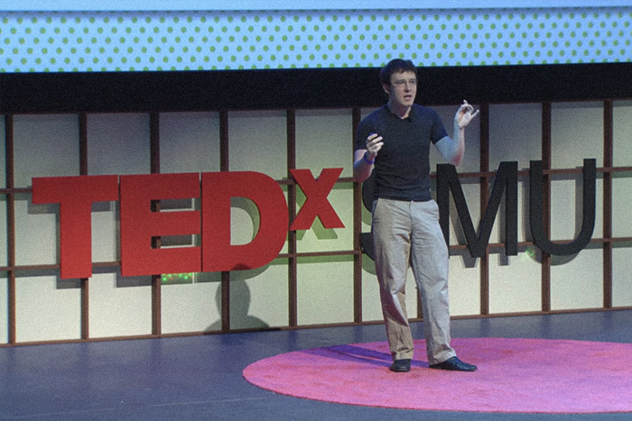 Перестать бояться и полюбить математику: 6 выступлений на TED о том, почему точные науки нужны всем