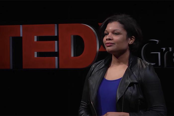 «Просто какую-то чушь слепила в последнюю минуту»: спикеры TED о том, как справиться с синдромом самозванца