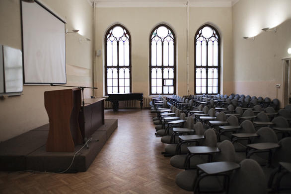 «Никто не думал прекращать учебу»: как Европейский университет пережил год без лицензии