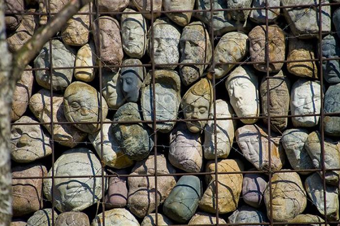Танцы в Освенциме: как устроены акции в память о репрессиях