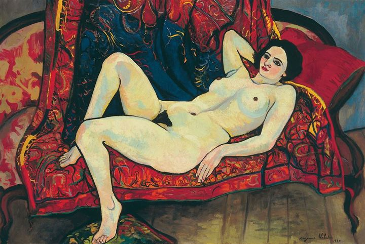 Обнаженная накрасном диване. Сюзанна Вала...