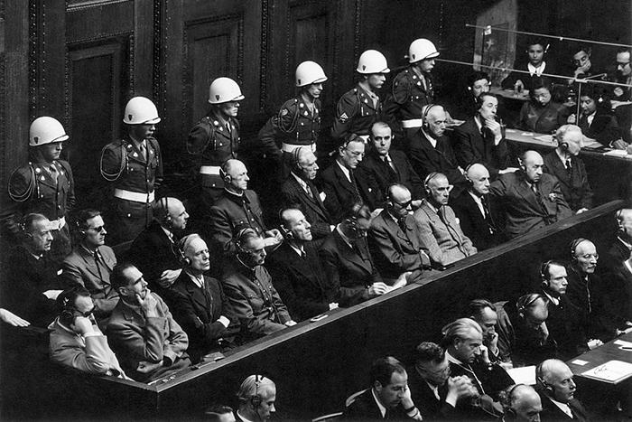 Суд идет: истории пяти международных военных трибуналов
