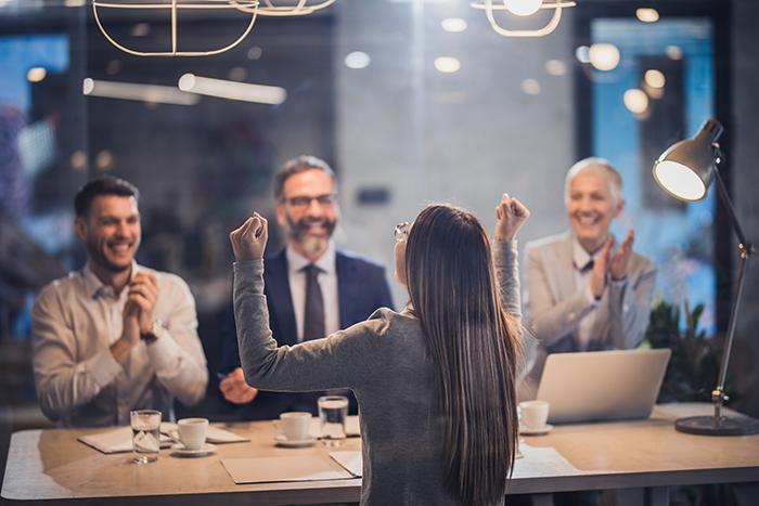 Родина вас не забудет: как правильно хвалить сотрудников (и не только их)