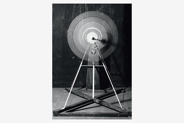 Марсель Дюшан. Вращающиеся стеклянные диски (То...