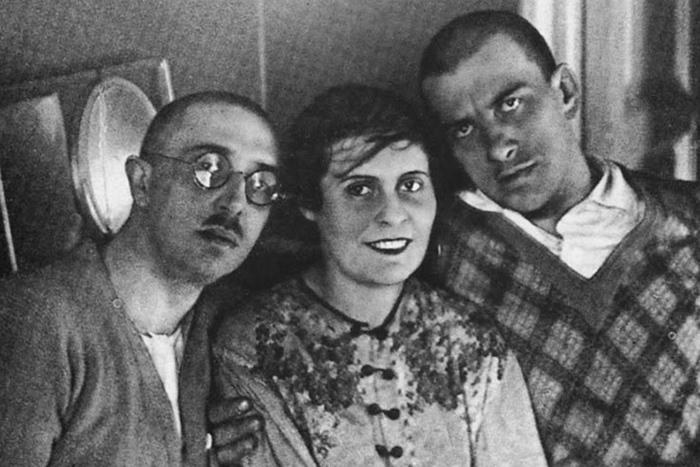 О. Брик, Л. Брик иВ. Маяковский. 1915&nbs...