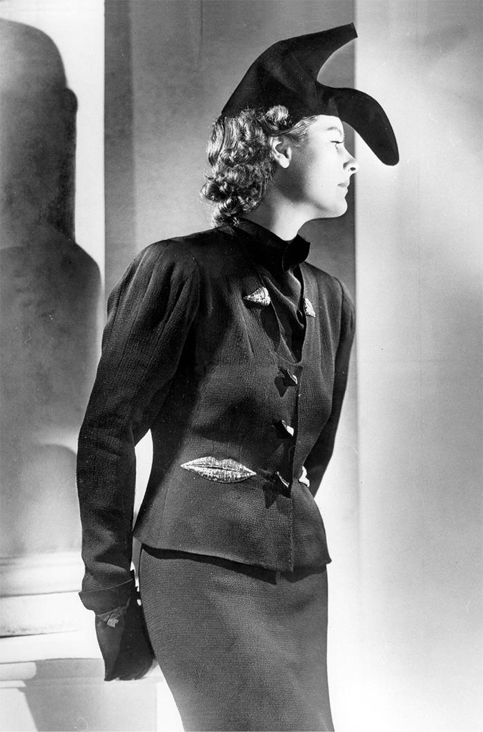 Эльза Скьяпарелли. Шляпа-туфля. Париж, 1938
