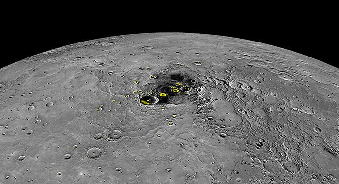 Ледники Меркурия. Источник: NASA / commons.wiki...