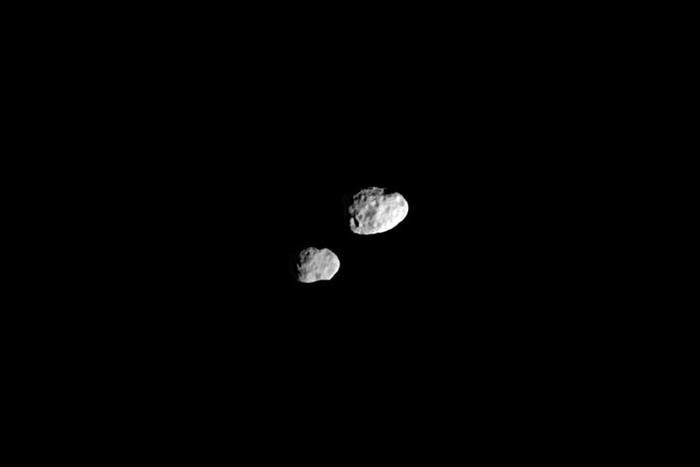 Янус иЭпиметей. Источник: NASA / jpl.nasa...