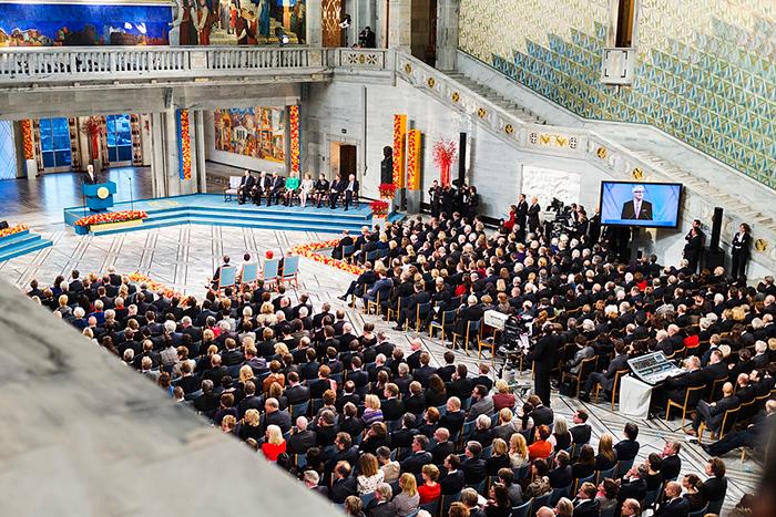 «Голливуд опережает Стокгольм на много световых лет»: почему правила присуждения Нобелевки пора изменить