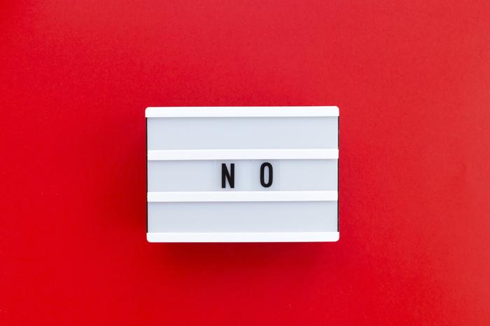 Как говорить «нет» в деловых переписках: примеры отказов известных людей