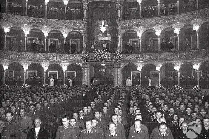 Молчат ли музы, когда гремят пушки: как опера пережила Вторую мировую войну