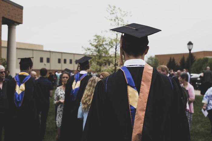 Гранты 2021: обзор грантов на обучение за границей этой осенью