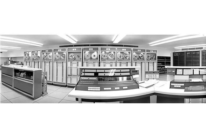 Этот компьютер CDC 3600, доставленный в19...