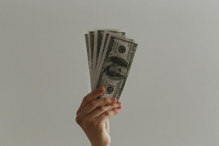 А что так дорого? Четыре заблуждения о стоимости онлайн-обучения