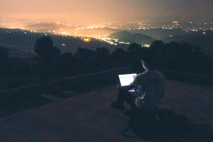 Прерванный сон: как ночное бодрствование способствует творчеству